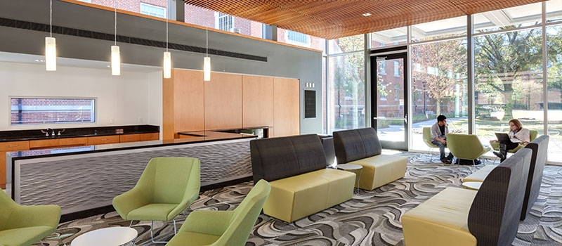 GT Connector lounge